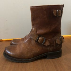 Frye Veronica Back Zip Boot Size 7.5